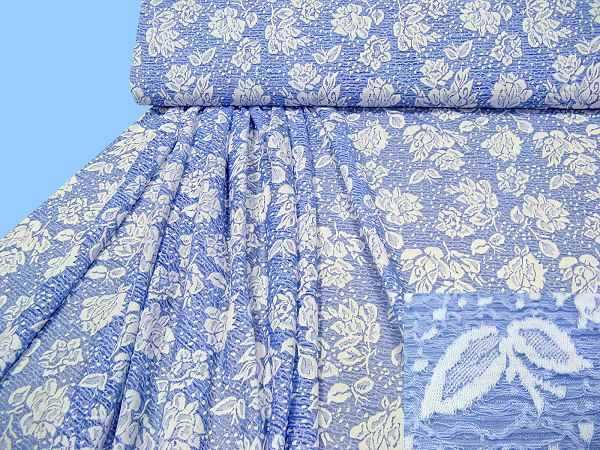Jersey- Spitze mit Blumenmotiv - wollweiss/hellblau