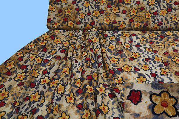 Chiffon mit Blumen- Applikation - wollweiss/beige/braun/schwarz/rot/gold