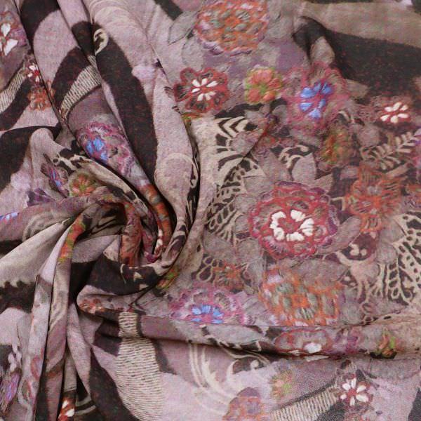 Chiffon mit Blumen & Paisley - flieder/beige/fuchsia/brombeere