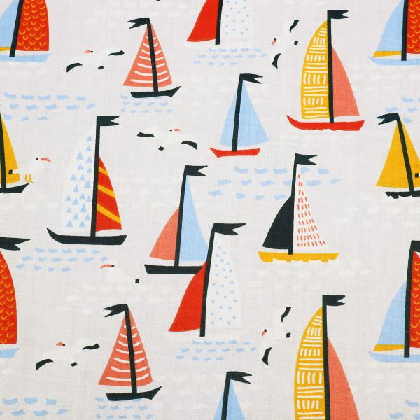 Kinderstoff Baumwollstoff Segelboote Maritim - hellgrau/rot/hellblau/orange Öko-Tex Standar 100