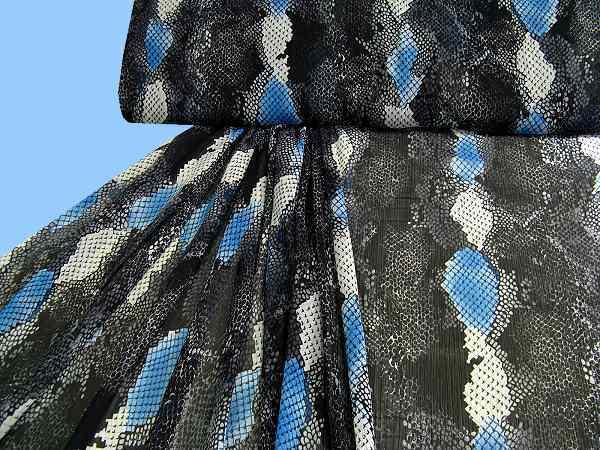 bedruckter Chiffon - blau/schwarz/weiß
