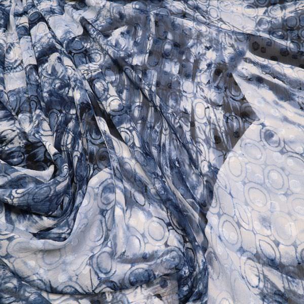 Crêpe Chiffon Abstrakt - weiss/jeansblau/schwarz