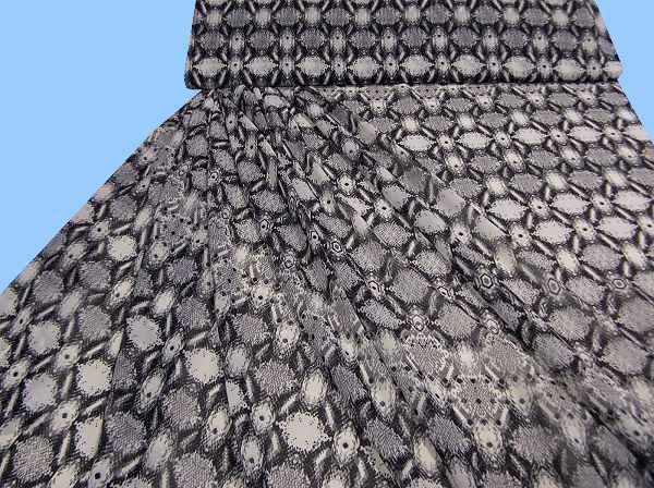 Chiffon mit Schlangenmuster - grau/schwarz/weiss