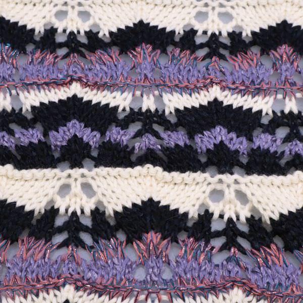 Grober Strickstoff Zick Zack-Muster & Lurex - wollweiss/lila/altrosa/neon