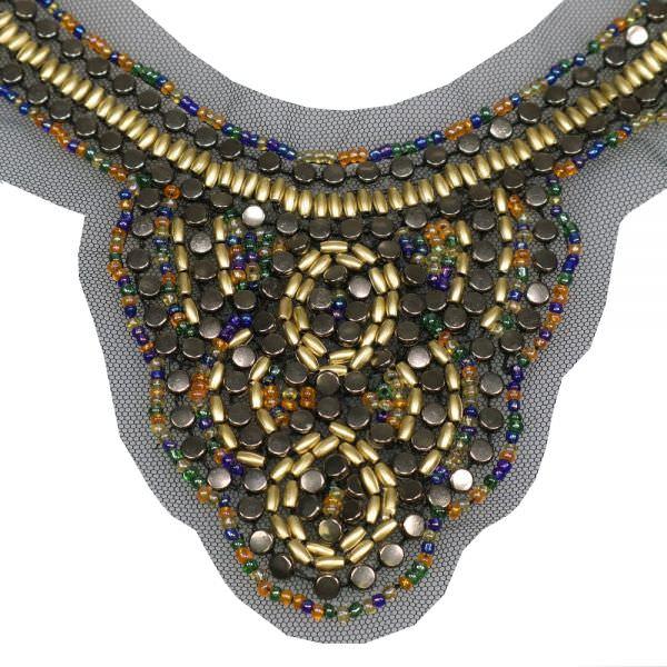 Applikation für V-Ausschnitt mit Perlen - schwarz/gold/bronze/multicolor