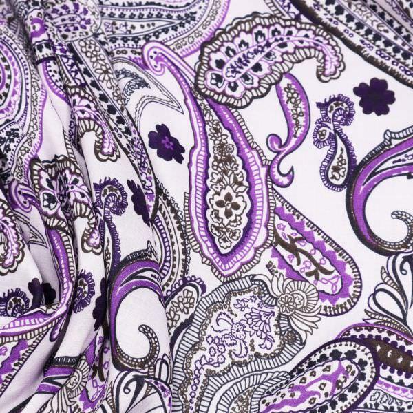 Baumwoll- Voilé mit Paisleymuster- weiss/violett/olivgrün/schwarz
