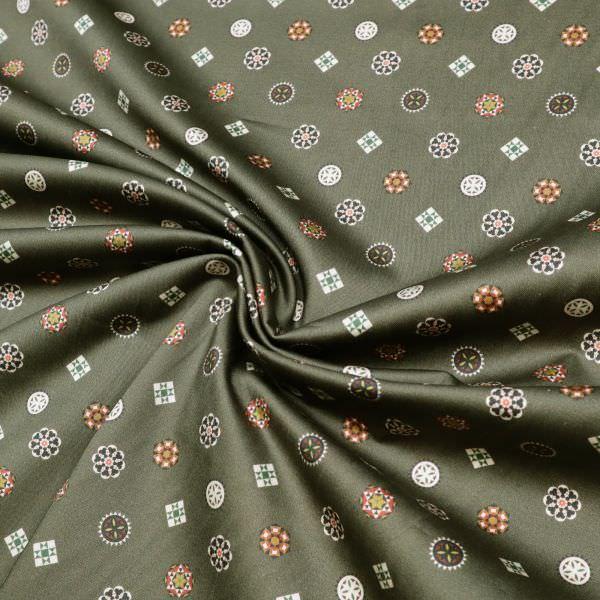 Baumwoll- Stretch Satin Mandala Blumen - khaki/wollweiss/rot/ocker/dunkelgrün